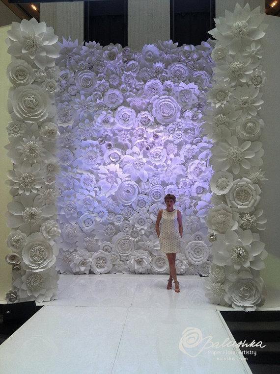 D corer votre c r monie la que avec des fleurs en papier the c r monie - Mur de fleur interieur ...