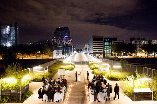 Cérémonie de mariage de nuit à Paris © Navyblur