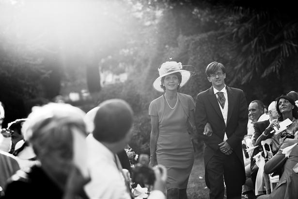 Anne-Sophie & Maxime (l'entrée du marié) © Jean-Louis Brun