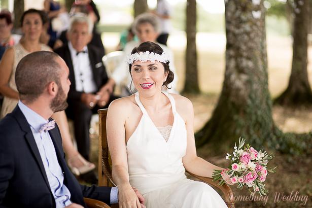Roxanne & Guillaume (regards) © Something Wedding