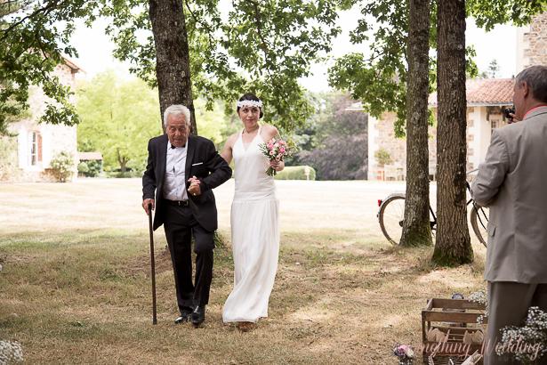 Roxanne & Guillaume (entrée) © Something Wedding