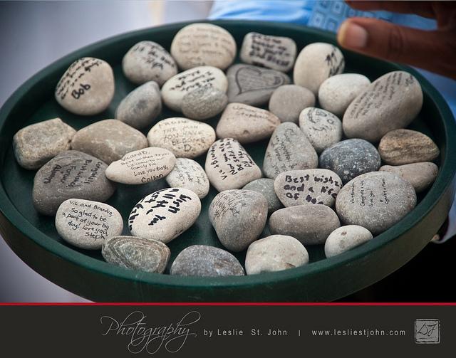 Rituel des pierres pour cérémonie laïque