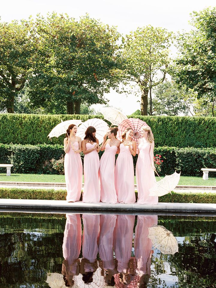 Robes roses demoiselles d'honneur
