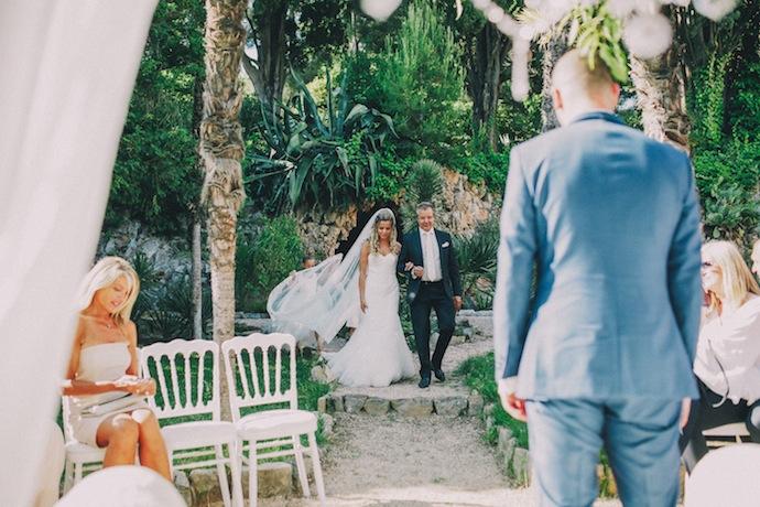 Entrée de la mariée - Cérémonie laïque d'Alicia et Xavier