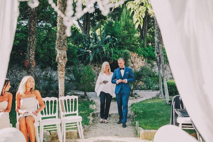 Entrée du marié - Cérémonie laïque d'Alicia et Xavier