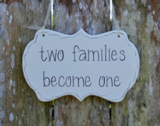"Pancarte mariage ""Two families become one"""