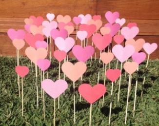 Cœurs en papier pour allée de cérémonie laïque