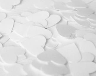 Confettis coeur pour sortie de cérémonie laïque