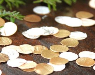 Confettis gold pour sortie de cérémonie laïque
