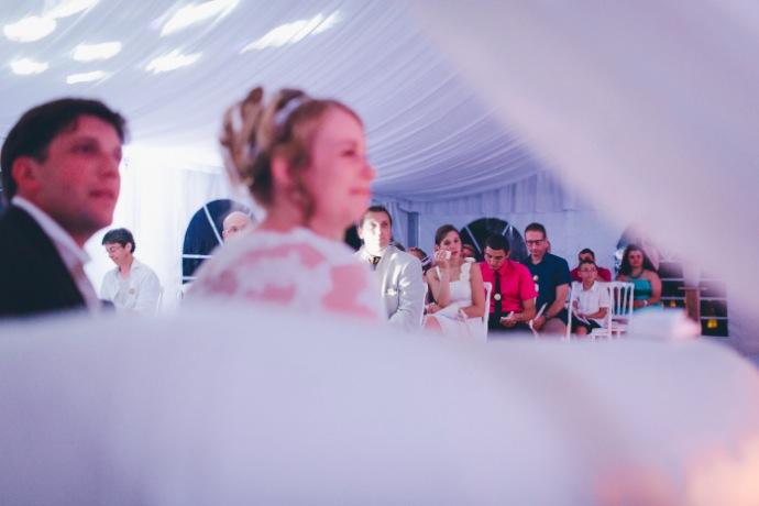 Cérémonie laïque émouvante Tiphany & Florent © THE cérémonie / Mélanie Tuero Photographe