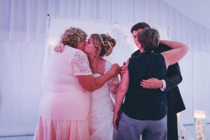 Mamans des mariés - cérémonie laïque Tiphany & Florent © THE cérémonie / Mélanie Tuero Photographe