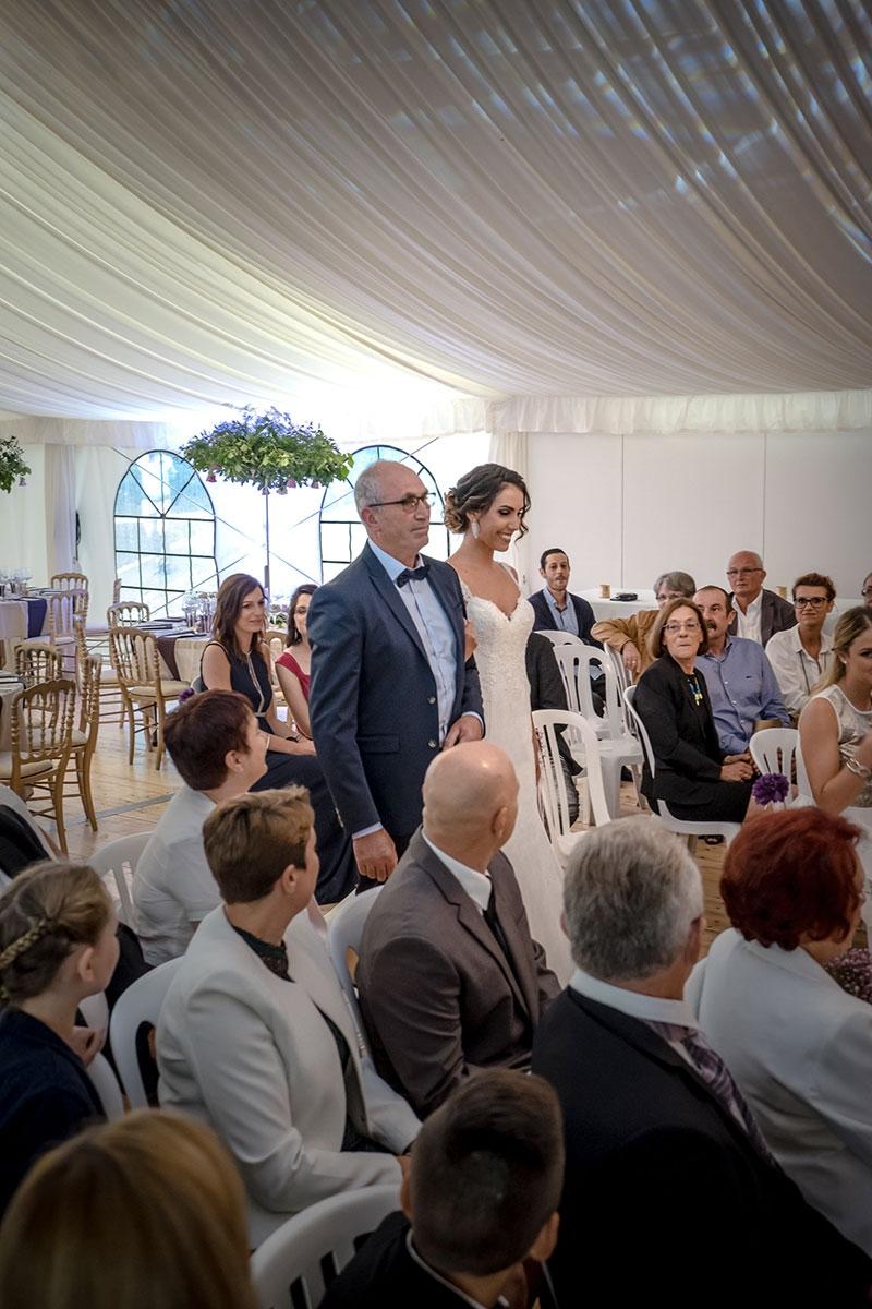 Entrée de la mariée (Cérémonie laïque d'Amélie et Antoine)