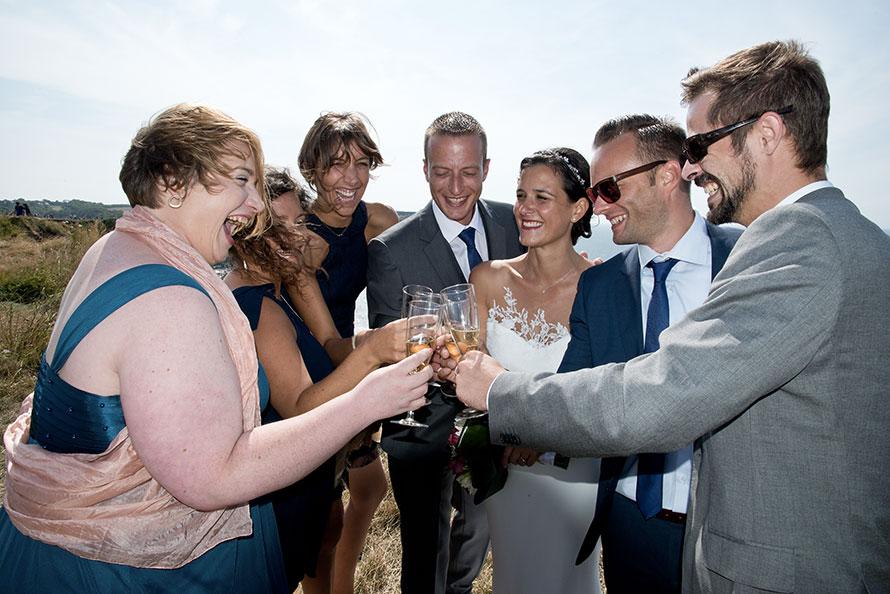 Photos des mariés avec leurs témoins (Marine et Cédric)