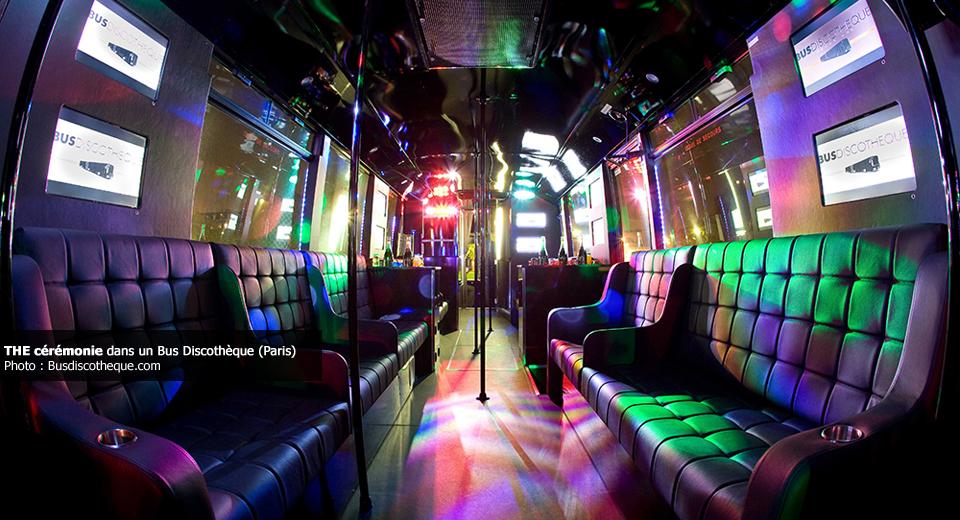 Cérémonie laïque dans un Bus Discothèque